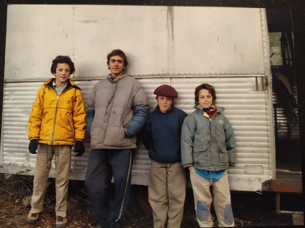 Ramon, Ignacio, Lucas y Tobias de chicos en Tandil.